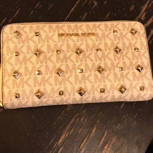 Michael Kors wallet and phone case